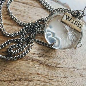 Jewelry - 🌺WISH PENDANT🌺